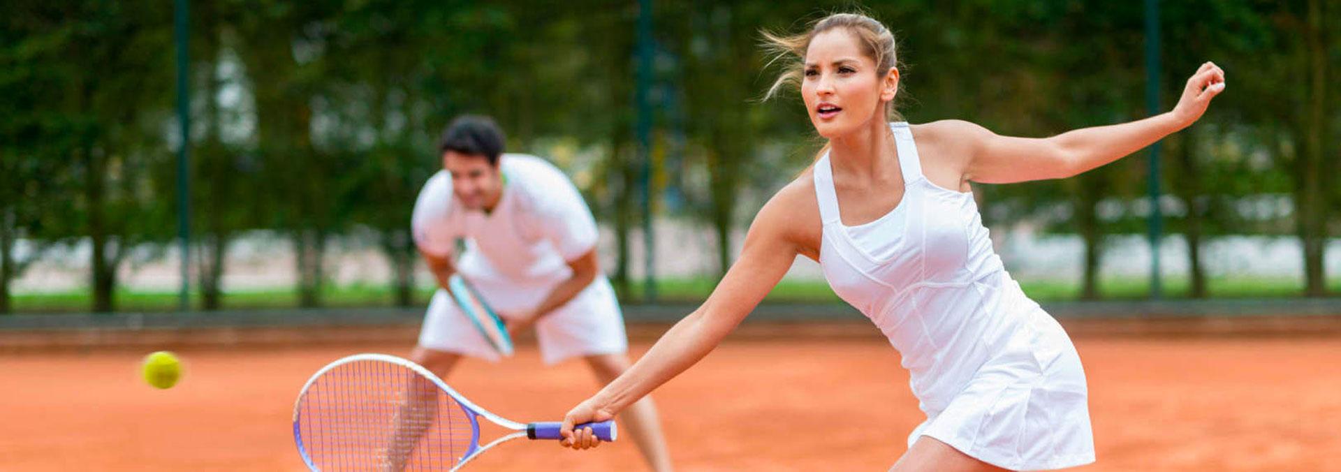 Tennis, i consigli per evitare il mal di schiena